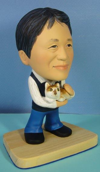 そっくり人形参考作品27-2お父さん愛猫を抱いて