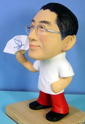 そっくり人形参考作品48-3還暦祝い(扇子を持って)